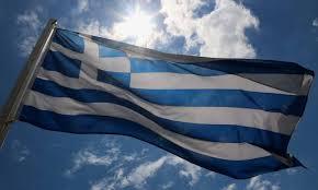 Κρέμασαν ανάποδα την ελληνική σημαία στους Αγ. Θεοδώρους!