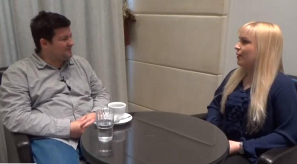 Καφές και συζήτηση με την Ιωάννα Κοσμά