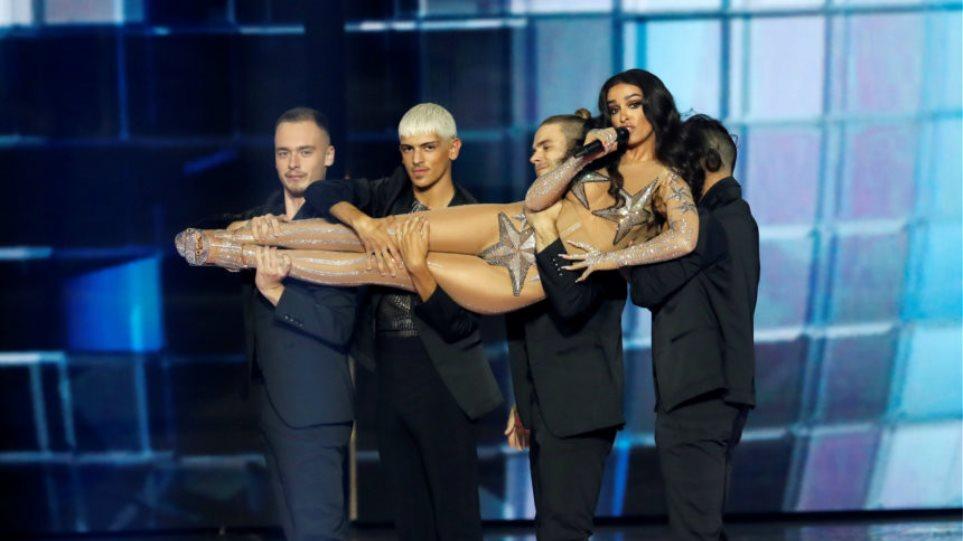 Ελένη Φουρέιρα:Η Ευρώπη «υποκλίθηκε» στην ελληνιδα pop diva για ακόμα μία φορά!