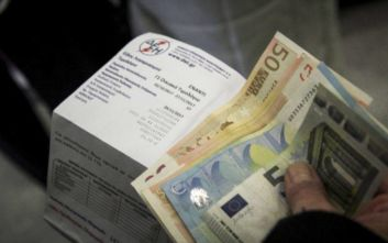 ΔΕΗ: Τι ισχύει με τις νέες χρεώσεις και την έκπτωση συνέπειας