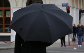 Τοπικές βροχές και πτώση του υδράργυρου