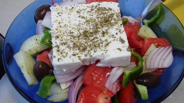 Ωδή της εφημερίδας FAZ στην ελληνική χωριάτικη σαλάτα