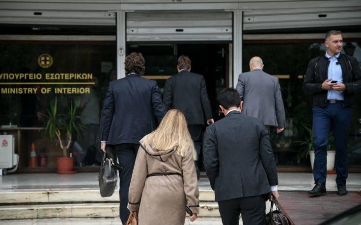 Δημοσιονομικό κενό 900 εκατ. ευρώ συνεχίσουν να βλέπουν οι δανειστές