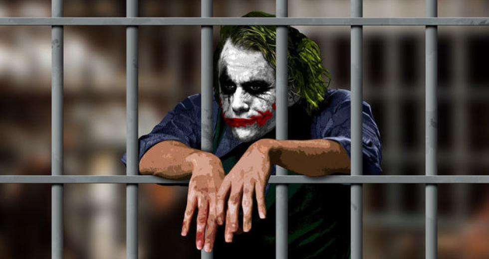 Σε τι εποχές ζούμε, ε; Αστυνομία να μπαίνει σε κινηματογράφους που παίζουν το #Joker.