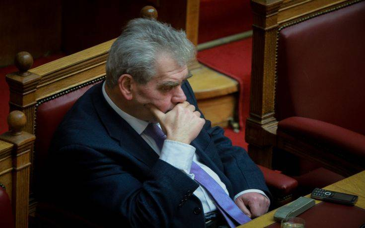 Προανακριτική για Παπαγγελόπουλο: Παραπέμπεται με 173 ψήφους, υψηλοί τόνοι στη Βουλή