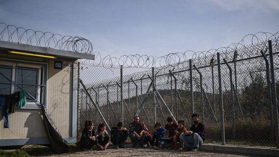 Μεταναστευτικό: Με κλειστά κέντρα και 1.700 προσλήψεις το σχέδιο της κυβέρνησης