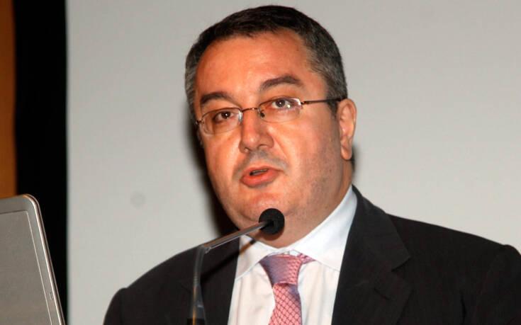 Ηλίας Μόσιαλος : Οι κίνδυνοι που μπορεί να προκύψουν από την σταδιακή την χαλάρωση των μέτρων