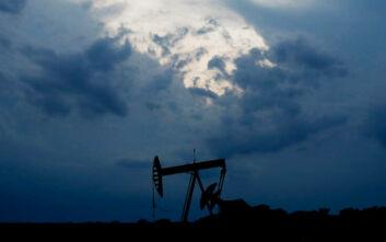 Νέα μεγάλη πτώση στις τιμές του πετρελαίου – Βυθίζεται το αμερικάνικο αργό στην ασιατική αγορά