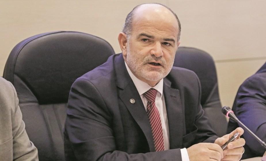Πρόεδρος ΓΣΕΒΕΕ: Βασικό αίτημα της εστίασης η μείωση του ΦΠΑ από το 13% στο 6%