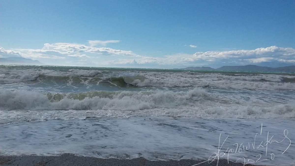 """Παραλία """"Καλάμια"""": Το καλοκαίρι τελικά, μας έστησε στο ραντεβού."""