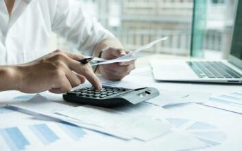 Με μειώσεις φόρων ξορκίζει τη λιτότητα το οικονομικό επιτελείο, ποιες ελαφρύνσεις εξετάζονται