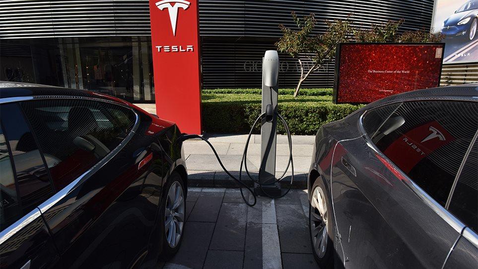 Ηλεκτροκίνηση – Κίνητρα: Έως 80% χαμηλότερο το κόστος χρήσης και συντήρησης των ηλεκτρικών οχημάτων