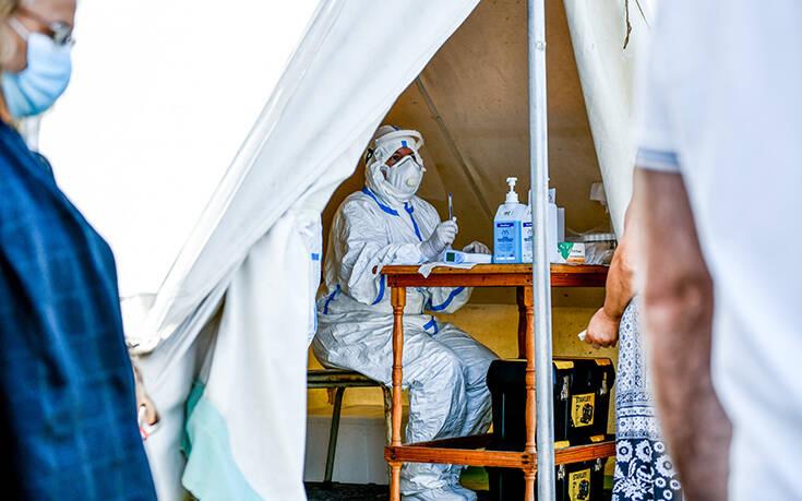 Διάχυτη ανησυχία για αναζωπύρωση της πανδημίας: Διπλασιάστηκαν τα κρούσματα – Μάσκα ξανά και «Plan B»