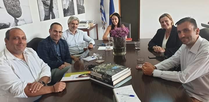 Συνάντηση με την υφυπουργό κυρία Δόμνα Μιχαηλίδου και τη βουλευτή του νομού κ Μαριλένα Σούκουλη Βιλιαλη για τους ανθρώπους του ΦΑΣΜΑ