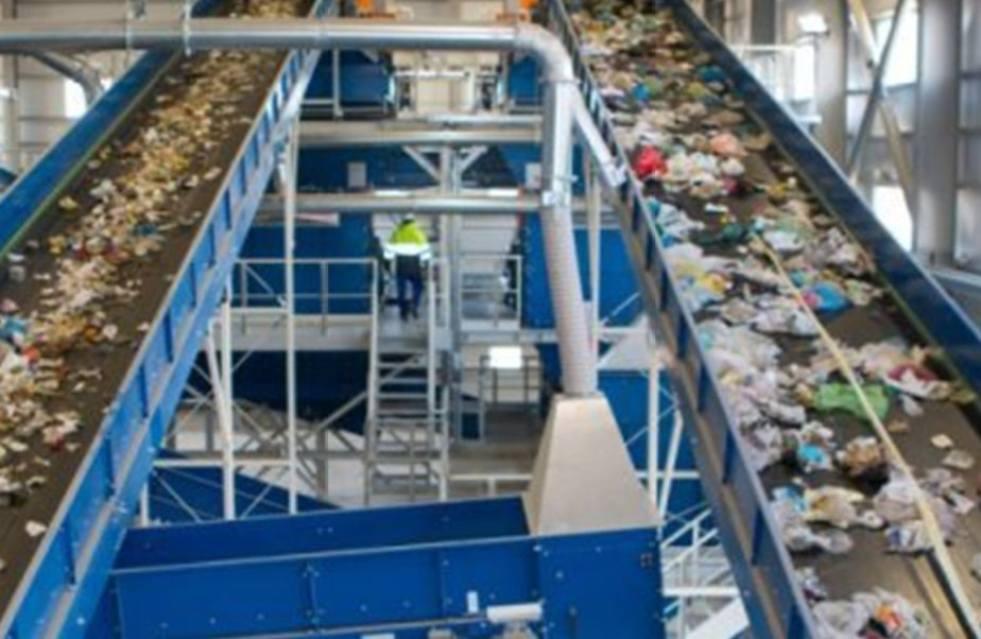 """""""Κανένα θέμα με την υλοποίηση του έργου διαχείρισης των απορριμμάτων"""" διαβεβαιώνει ο περιφερειάρχης Πελοποννήσου Π. Νίκας"""