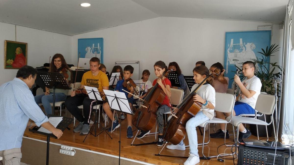 Δωρεάν Μαθήματα Μουσικής από το El Sistema Greece στο Καλογεροπούλειο Ωδείο Κορίνθου