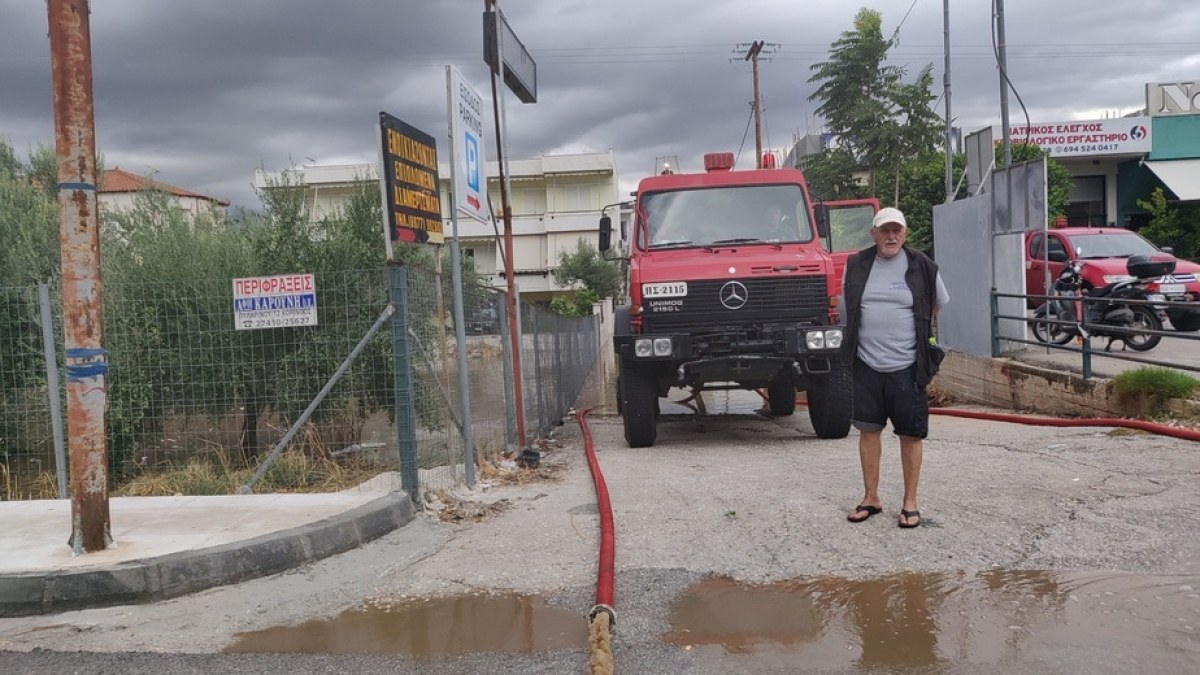 To eKorinthos στα πλημμυρισμένα Λουτρα Ωραίας Ελένης