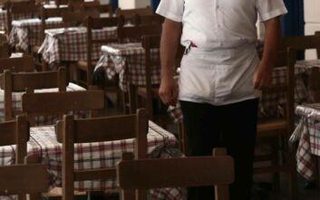 Νέα μέτρα στήριξης εργαζομένων και επιχειρήσεων στις «κόκκινες» περιοχές