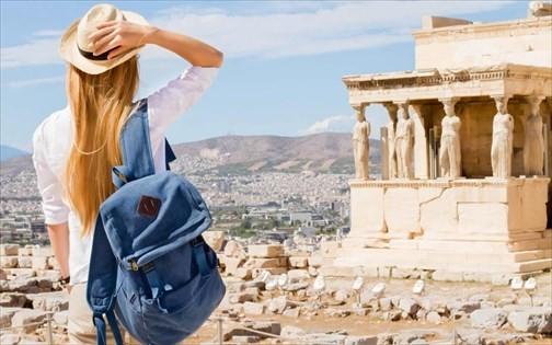 Γαλλικά εύσημα για την Ελλάδα: «Θέλει να γίνει 12μηνος προορισμός γιατί τα έχει όλα»