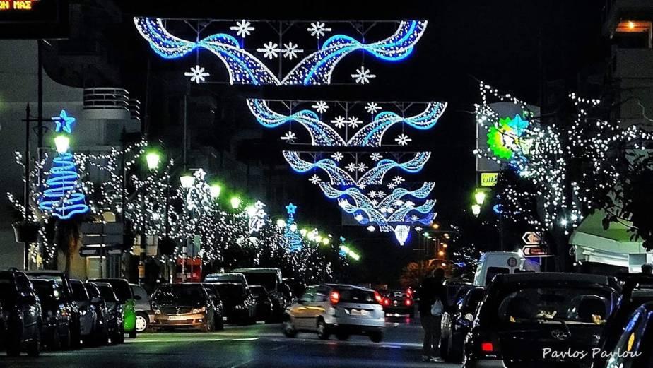 Τα πρώτα φώτα άναψαν στο Λουτράκι….