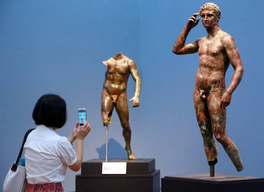 Γιατί τα ελληνικά αγάλματα είχαν πάντα μικρά μόρια;
