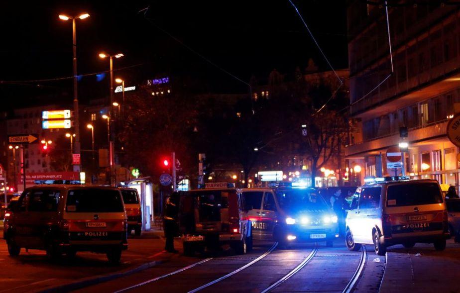 Σοκάρει το βίντεο της επίθεσης στην Αυστρία με 6 νεκρούς. Διάγγελμα Κουρτς