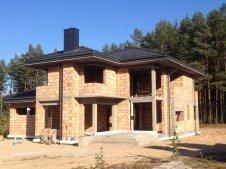 zdjęcie przedstawia postęp prac budowalnych przy luksusowej willi do sprzedaży w Białymstoku