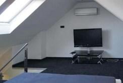 na zdjęciu drugi poziom apartamentu do wynajęcia w Szczecinie