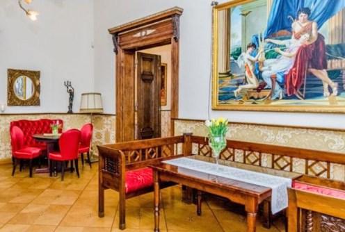 na zdjęciu luksusowe wnętrze willi na sprzedaż w Szczecinie