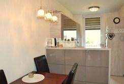 zdjęcie przedstawia kuchnię w apartamencie do sprzedaży w Legnicy