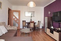 zdjęcie prezentuje ekskluzywny salon w apartamencie do sprzedaży w Szczecinie