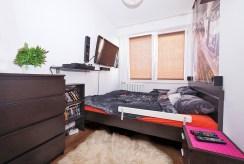 na zdjęciu sypialnia w luksusowym apartamencie w Tarnowie do sprzedaży