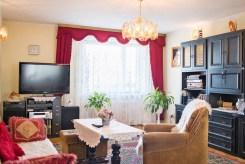 zdjęcie przedstawia salon w luksusowej willi do sprzedaży we Wrocławiu