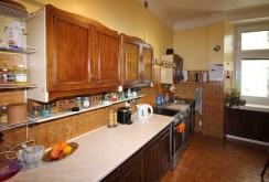 komfortowa i nowoczesna kuchnia w apartamencie w Łodzi do sprzedaży