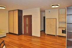 na zdjęciu luksusowe wnętrze ekskluzywnego apartamentu w Toruniu na sprzedaż