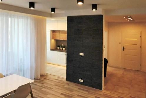zdjęcie przedstawia nowoczesny aneks kuchenny w apartamencie do sprzedaży w Białymstoku