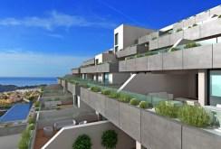 widok na apartamentowiec w Hiszpanii, w którym znajduje się oferowany na sprzedaż apartament
