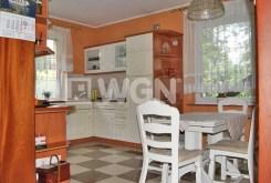 komfortowo urządzona i wyposażona kuchnia w willi do sprzedaży w Toruniu