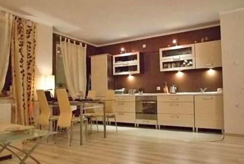 zdjęcie prezentuje fragment ekskluzywnego wnętrza w luksusowym apartamencie do wynajęcia w Toruniu