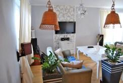 nowoczesny salon w luksusowej willi do sprzedaży w okolicach Torunia