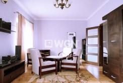 stylowy, elegancki salon w luksusowej willi w Tarnowie na wynajem