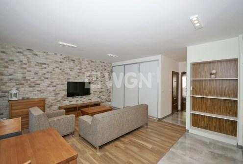 ekskluzywny salon w luksusowym apartamencie do wynajęcia w Katowicach