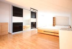 komfortowa, elegancka sypialnia w ekskluzywnym apartamencie do wynajmu w Szczecinie