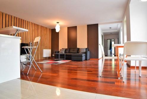 wnętrze luksusowego salonu w ekskluzywnym apartamencie do sprzedaży w Krakowie