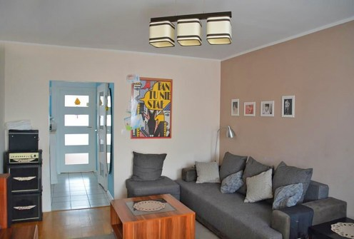 nowoczesny salon w ekskluzywnym apartamencie do sprzedaży w Olsztynie