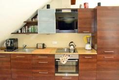 fragment nowoczesnej kuchni w luksusowym apartamencie w Katowicach na wynajem