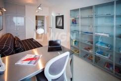 ekskluzywny gabinet w luksusowym apartamencie do sprzedaży w Szczecinie