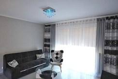 fragment komfortowego salonu w ekskluzywnym apartamencie do wynajmu w Szczecinie