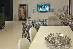 fragment prestiżowego salonu w ekskluzywnym apartamencie do wynajmu w Szczecinie