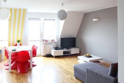 widok na komfortowy salon w luksusowym apartamencie do sprzedaży w Szczecinie